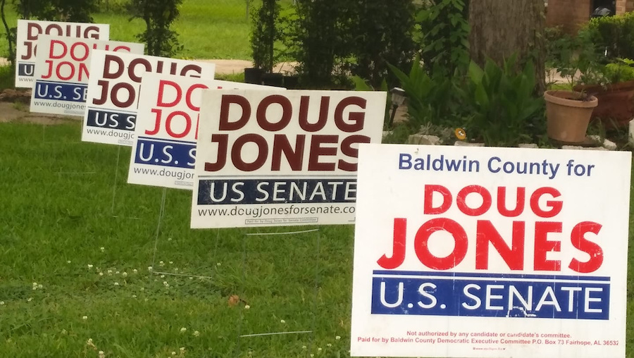 Political_communication_yard_sign